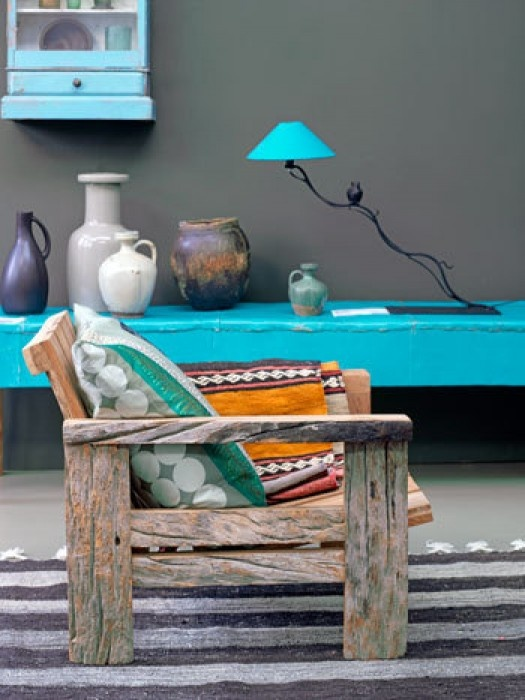 .raw wood + teal color lack , nice