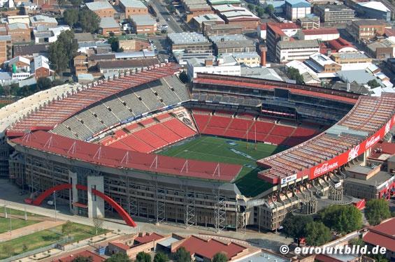 Ellis Park Stadium (65.000)