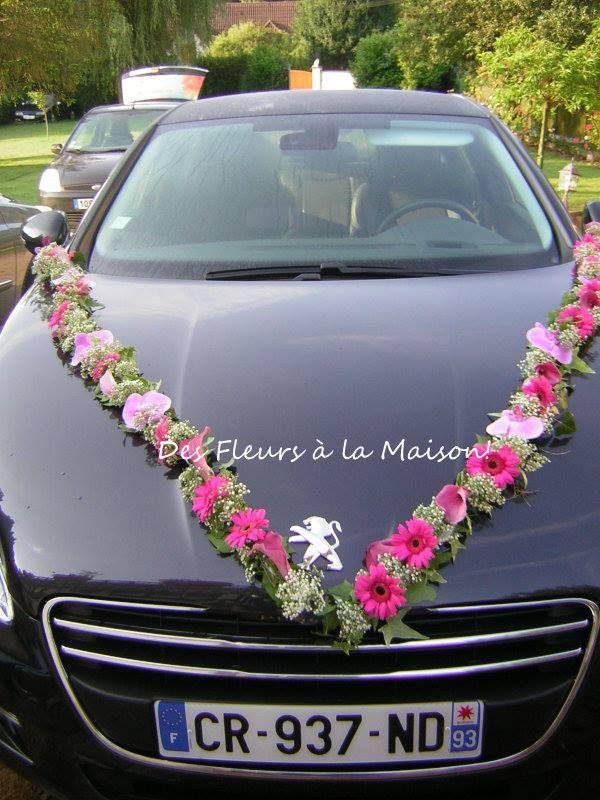 déco voiture mariés