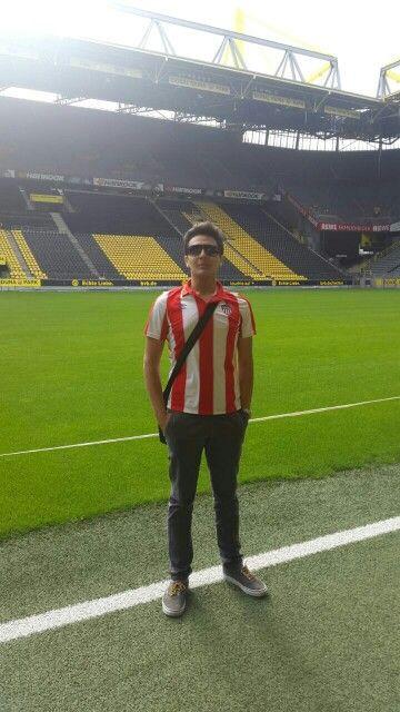 Borussia dortmund stadium. Con la camiseta del Junior de Barranquilla