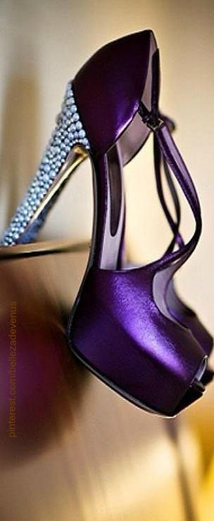 Would take off the heel design and leave the heel bare love the color