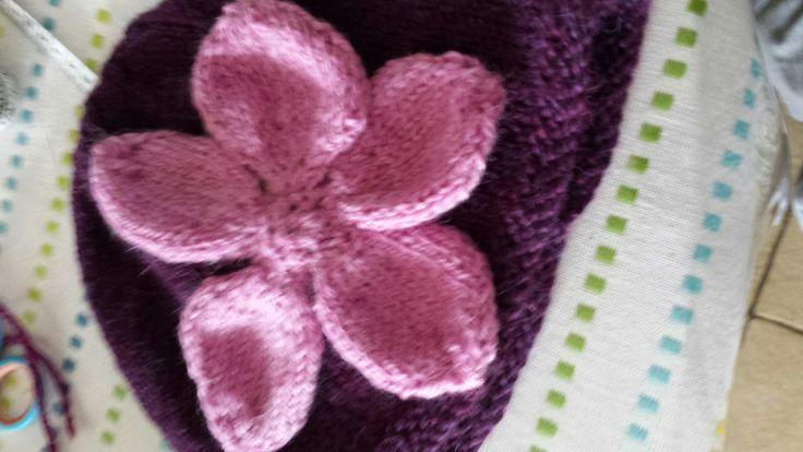 Flower beanie