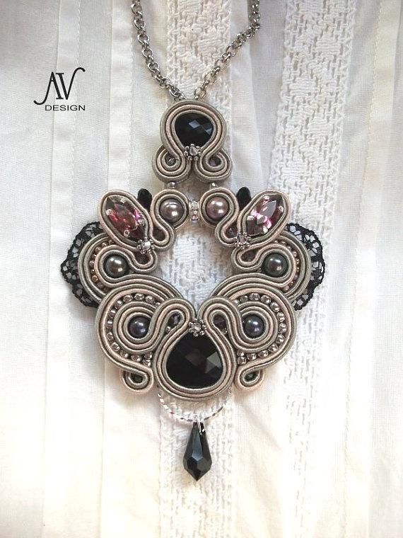INCONNUE - soutache pendant with Swarovski crystals