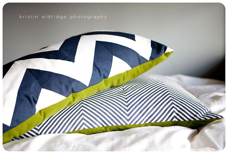 how to make your own chevron fabric - I think I could actually do this. Great instructions!