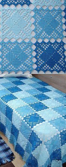 Плед из квадратных мотивов в сине-голубой гамме