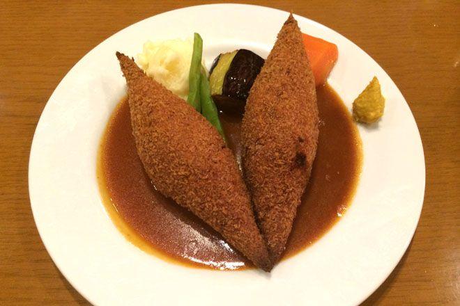 「ブラジレイロ」 老舗珈琲店の本格洋食ランチ。