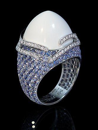 Mousson Atelier, collection New Age - Fuji, White gold 750, Cacholong 14,68 ct., Sapphires, Diamonds