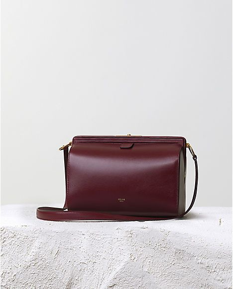 CÉLINE | Fall 2014 Leather goods and Handbags collection  Visceral attractive: smooth and soft texture Behaviour: handy size for going out Reflective: one of my favouriate fashion brand, self-satisfaction, luxury brand, i will feel myself fashionable and stylish