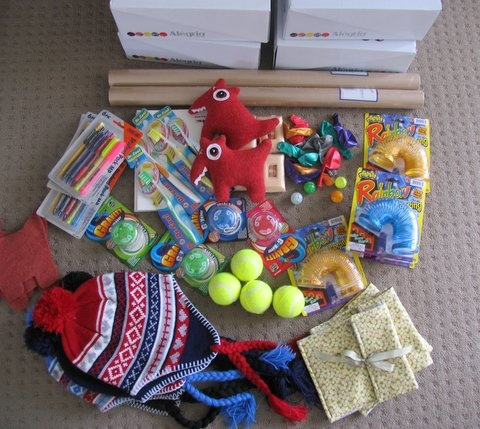 Christmas should also be about charity : Operation christmas child ideas