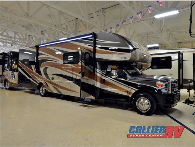 New 2017 Thor Motor Coach Chateau Super C 35SM Motor Home Class C - Diesel at Collier RV | Rockford, IL | #C63828