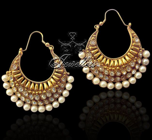 Traditional and unique design earring. https://www.facebook.com/pages/LF-Jewellers/423983984326803