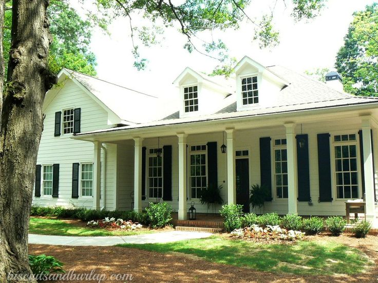516 best images about porches on pinterest for Old southern style homes