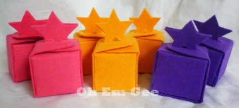 Small star felt gift boxes
