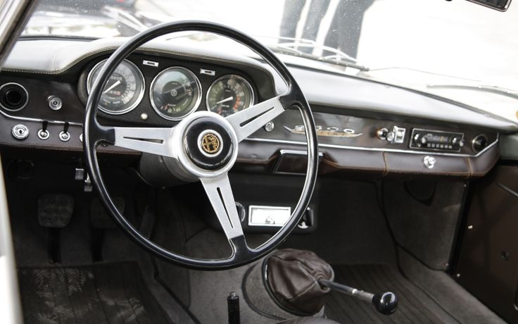The Alfa Romeo 2600 (series 106) was Alfa Romeo's six-cylinder flagship produced from 1961 to 1968. The 2600 was introduced in the 1962 Geneva Motor Show, as a sedan with a factory-built body (2600 Berlina), a two-plus-two seater convertible with body by Carrozzeria Touring (2600 Spider), and a coupe with a body by Bertone (2600 Sprint). Displacement : 2,584 cc Fuel System : Triple Solex Compression Ratio : 9,0:1 Power : 145 bhp (108 kW) Top Speed : 200 km/h (120 mph)