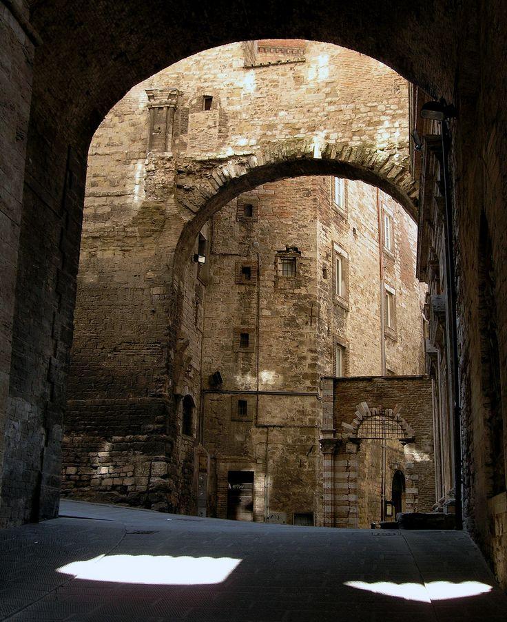 Arches in Umbrie, Italie (Umbria, Italy) | www.regioneumbria.eu
