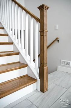 Best How To Install A Wooden Handrail On Split Level Stairs 400 x 300
