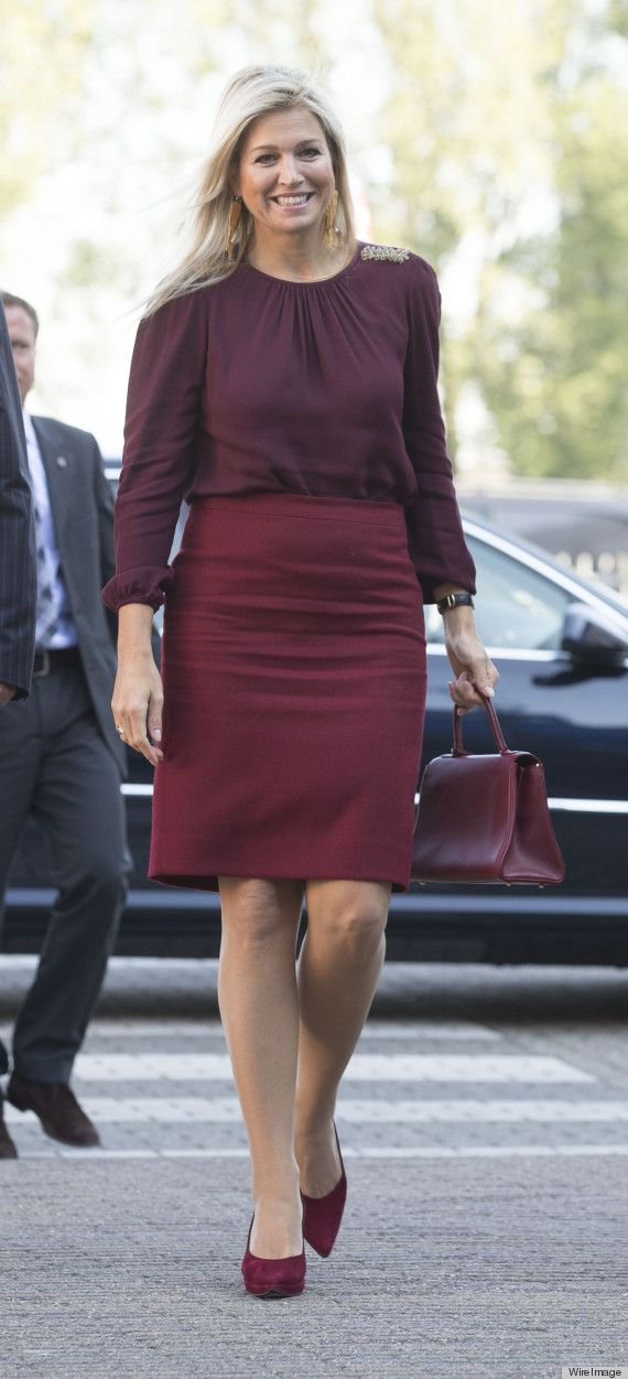 Oct. 2013. Queen Maxima Style File. The monochromatic look worked within the oxblood color family, a trendy staple for fall. Queen Maxima mixed and matched shades of plum, maroon and burgundy, proving once and for all that a one-color look doesn't have to be boring