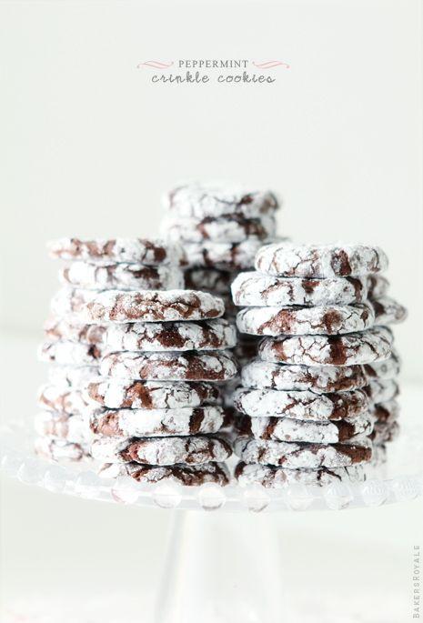 Peppermint Crinkle Cookies via BakersRoyale