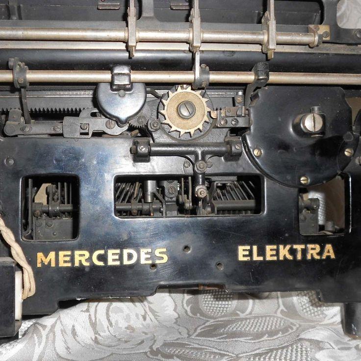 macchina da scrivere mercedes elektra anni 30/40 | I Mercanti | Troc & Broc | macchina da scrivere mercedes elektra anni 30/40 http://www.museoscienza.org/dipartimenti/catalogo_collezioni/scheda_oggetto.asp?idk_in=ST120-00146&arg=macchina MACCHINA PER SCRIVERE ELETTROMECCANICA - MERCEDES ELEKTRA Oggetti simili a Macchina per scrivere Categoria principale... #archeologiaindustriale #elektra #ge