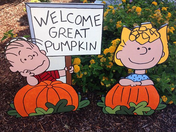 Peanuts Halloween Great Pumpkin Charlie Brown with Linus and