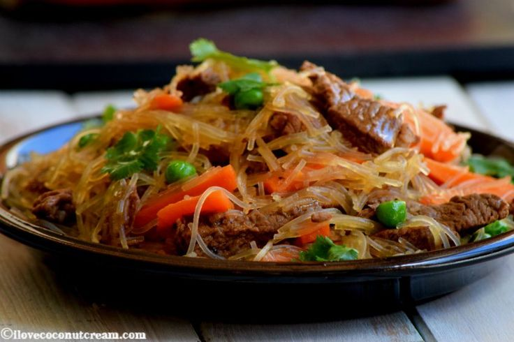 Sapasui Samoan vermicelli stir-fry
