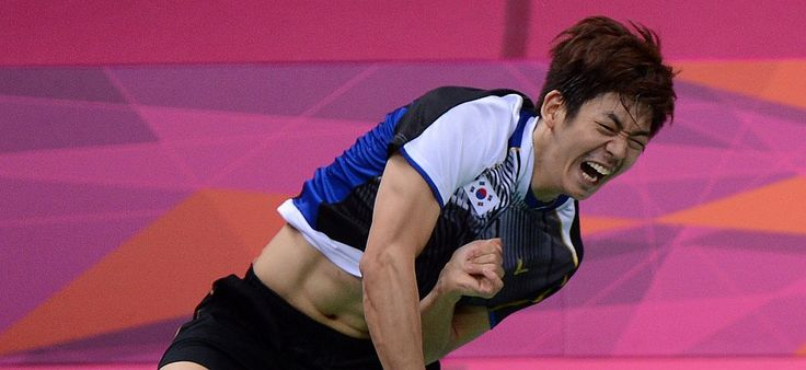 Lee Yong-dae took just over a month to claim his first Super Series title with new partner Yoo Yeon-seong in Denmark.