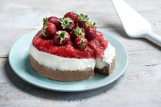 Τσιζ κέικ με αληθινό ζελέ φρέσκιας φράουλας