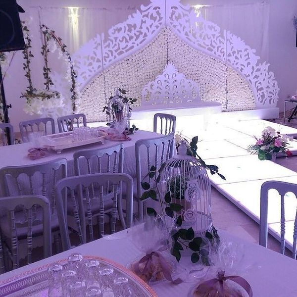 استراحة دار السمو للاحتفالات الإستراحات جدة Table Decorations Wedding Venues Decor