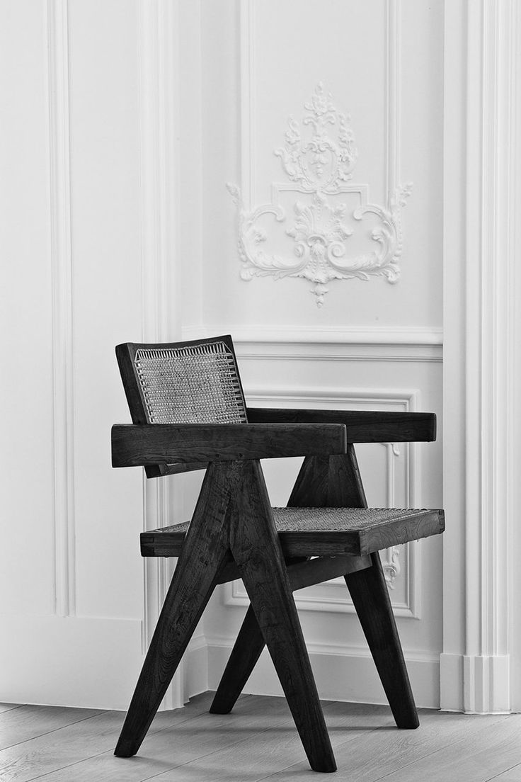 Black and white chair photography - G House In Brussels Belgium