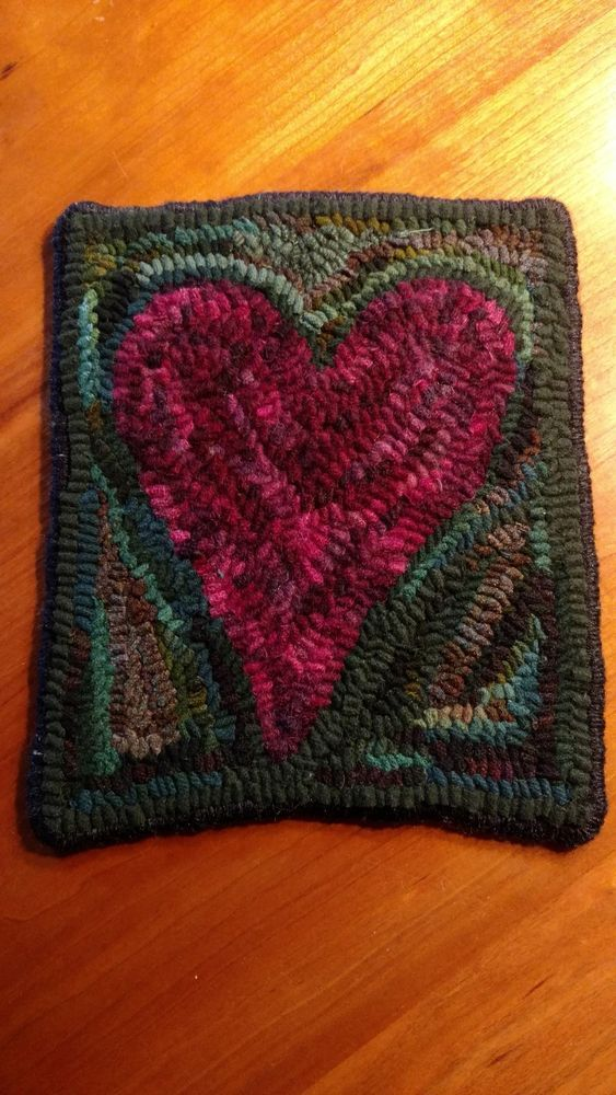 Primitive Hand Hooked Wool Heart Rug Mat, Traditional Rug Hooking Wide  Strips #NaivePrimitive #