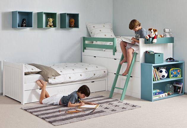 Habitación infantil con cama block en ángulo