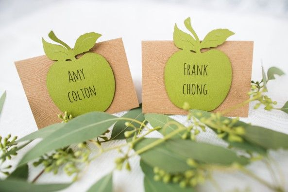 green apple favor tags, Wedding stationery by Making Memories with Scrapbooking, photo by Nomo Akisawa