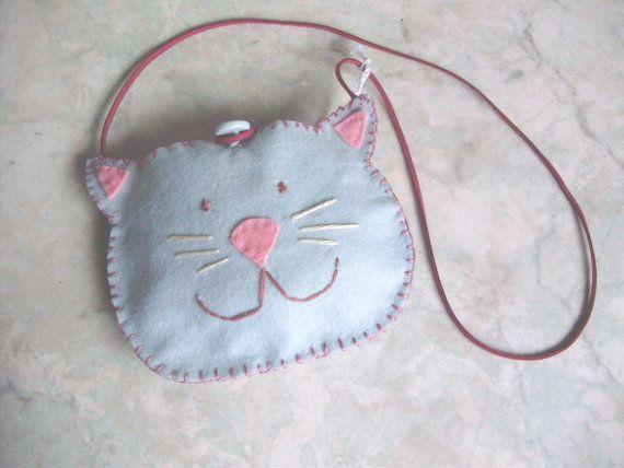 Borsa bimba gattino in feltro tagliato e ricamato a di MarinellArt