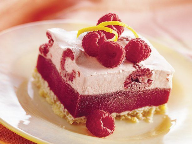 Raspberry Lemonade FreezeDesserts Recipe, Raspberry Lemonade, Lemonade Freeze, Summer Desserts, Lemonade Desserts, Summer Recipe, Frozen Desserts, Raspberries Lemonade, Pink Lemonade