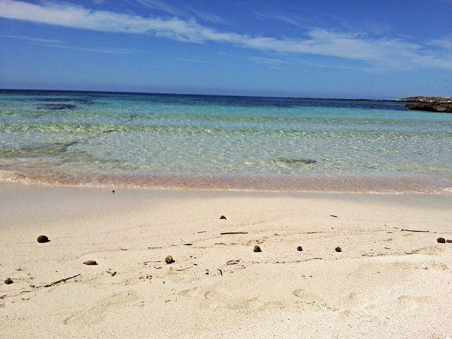 Isola di Favignana - La spiaggia rosa di Lido Burrone | da Lorenzo Sturiale