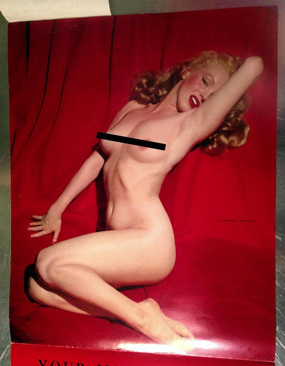 Marilyn monroe nude golden dreams poster
