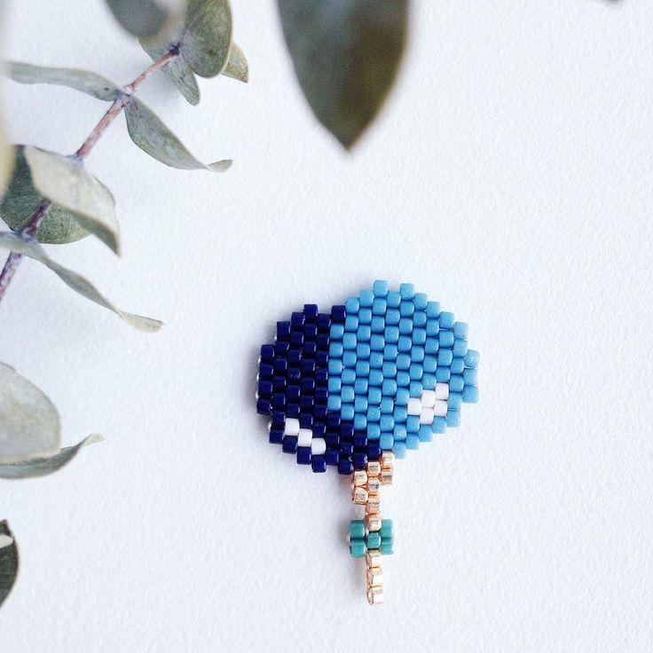 Envie de bleu aujourd'hui avec cette envolée de ballons ☺️🎈#rosemoustache…