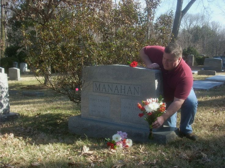 Anna's-versary: 'Anastasia' Manahan recalled 25 years after death | The Hook - Charlottesville's weekly newspaper, news magazine