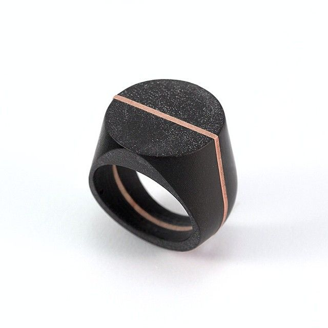 Ring 1041 in black concrete + copper | part of the Solid Collection 2015