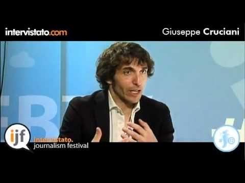 Intervista con Giuseppe Cruciani, giornalista italiano e conduttore della trasmissione radiofonica La Zanzara, su Radio 24.