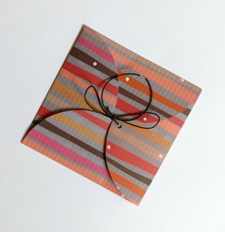 Obálka+na+přání,+CD+nebo+peníze+velikost+obálky+je+14+x+14+cm+obálka+je+z+pevného+kartonu+s+krásným+motivem+obálka+je+vhodná+na+vložení+peněz,+CD+nebo+přáníčka+cena+za+1+ks