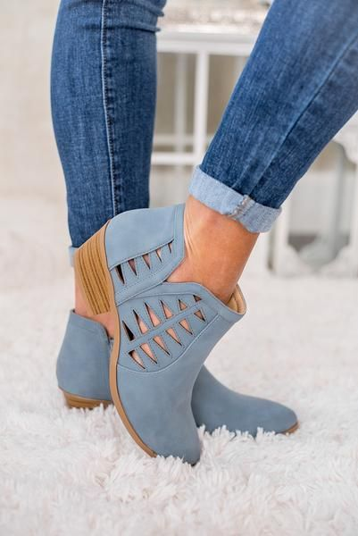 Best 25 Closed Toe Sandals Ideas On Pinterest Cute