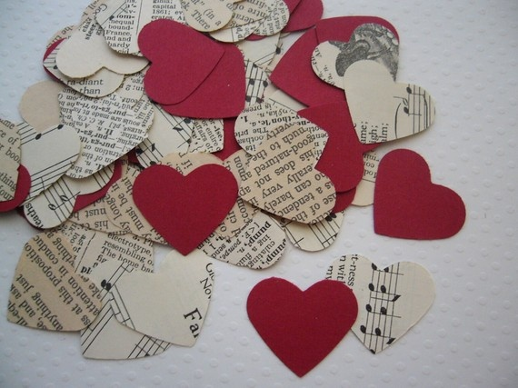 ivory. red. black. my wedding colors. this is such a neat idea. you can definetly do it yourself.