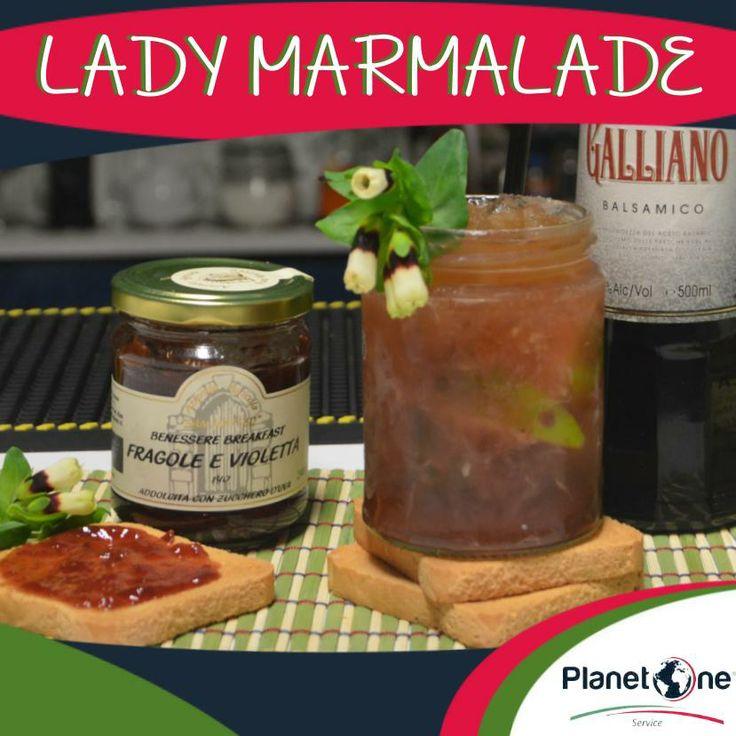 """Cocktail Alcolico: """"Lady Marmalade"""" Ingredienti: 2 oz di Tequila Patron ½ oz di Galliano Balsamico 1/2 lime tagliato a spicchi 1,5 gr Polvere di Stevia 3 Bar spoon di Confettura di Fragole e Violette Ghiacchio tritato Erba Vaiola di campo Per la ricetta completa visita: http://www.planetone.it/lady-marmalade/"""