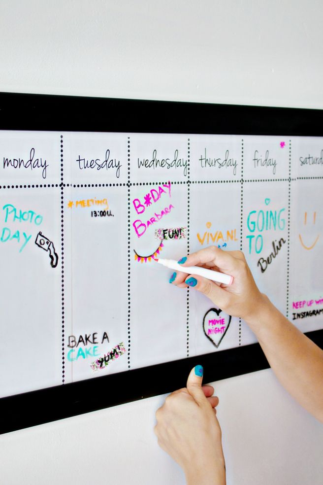 diy dry erase calendardiy