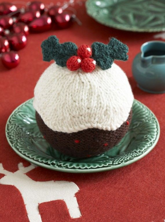 Knitting Pattern For A Christmas Pudding : Knitted Christmas pudding Free download patterns diyxmas knits Pinteres...