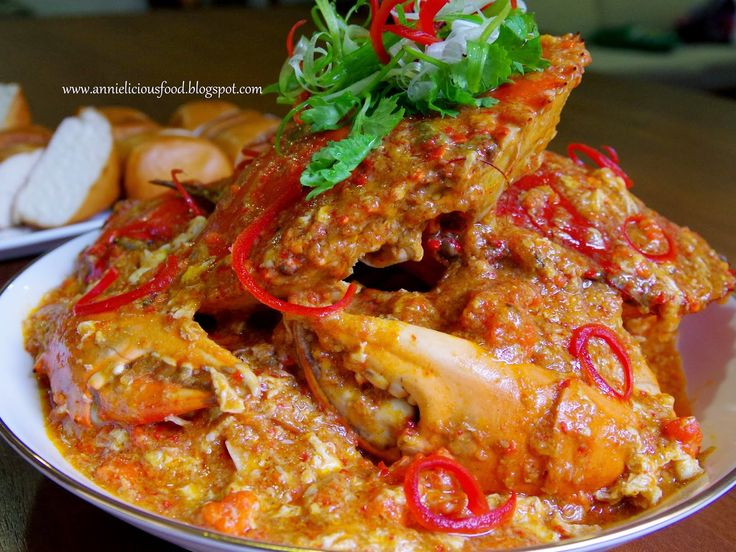 BEST Singapore Chilli Crab (辣椒螃蟹)  http://annieliciousfood.blogspot.com/search?updated-min=2014-01-01T00:00:00%2B08:00&updated-max=2015-01-01T00:00:00%2B08:00&max-results=17