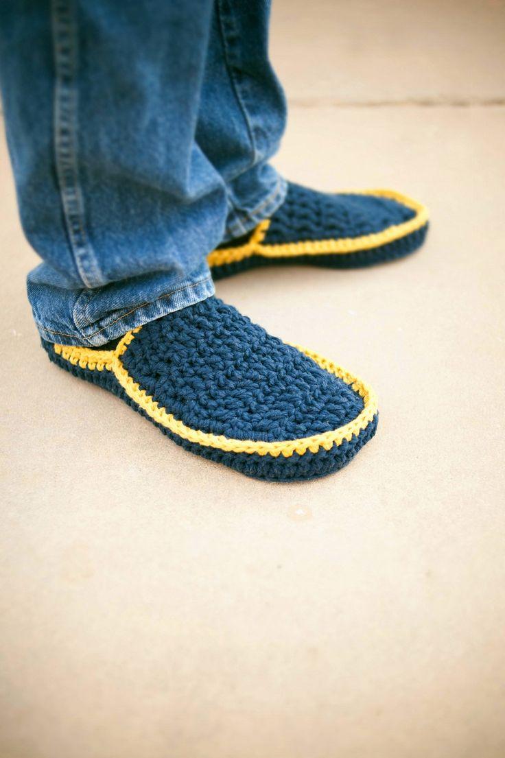 -Mens House Slippers Crochet Pattern in 5 sizes by BallHanknSkein