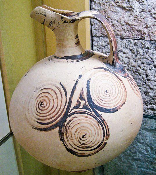 File:Ancient greek beaked jug decorated with triple spirals.jpg