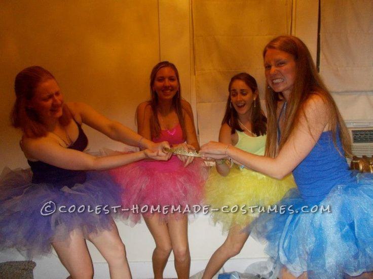 pretty pretty princesses board game group costume - Board Games Halloween Costumes